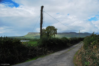 Route irlandaise et falaise de Ben Bulben comté de Sligo