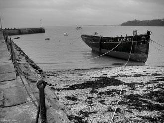 Bretagne, Cancal, bateau à l'ancre