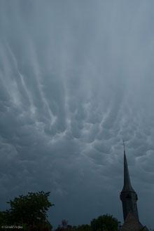 ciel d'orage à Saint-Ouen-d'Attez dans Eure