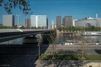 Paris XIII, pont menant à la gare de Lyon