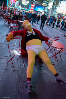 Homer_Simpson_Time_Square