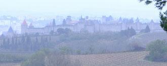 Claude : Carcassonne sous la pluie