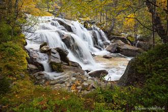 Wasserfall am Fluss Hørsa