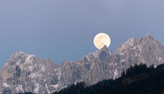 Mondaufgang im Gesäuse