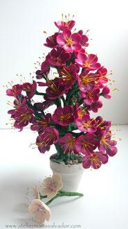 Création mini-bonsai fleuri en porcelaine froide