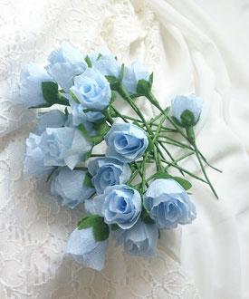 Mini-roses de fleurs en papier crépon
