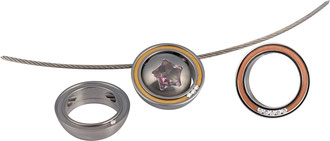"""Hanger  """"Orbit"""" - edelstaal , 18kt. Goud, 1, 3 of5c 0,02ct. w-si / je kunt het combineren met Krokus, Sultan + No.10 (als afgebeeld)"""