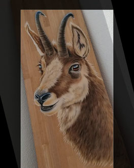 Wandbild Gemse auf Eichenholz / 120 x 40 cm