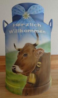 Kundenauftrag Milchkanne bemalen