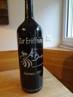 Gravierte Weinflasche