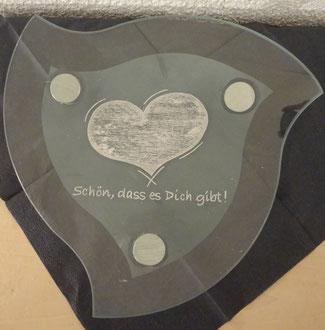 Glasschale graviert / Glasgravur Herz
