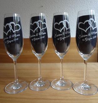 Sekt Gläser graviert / Zur Hochzeit / Geschenkidee