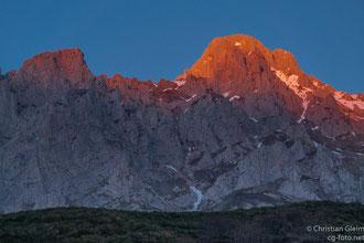 Abendlicher Blick von Posada de Valdeón in den Pico de Europa