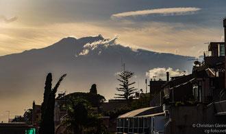 Der Ätna von Taormina aus gesehen