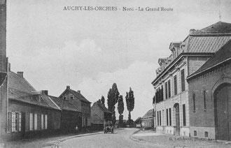 Rue du Bourg (ou Grand Route)