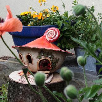 Gartenkeramik Windlicht Wichtelhaus