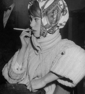 foulard, carré de soie, cinema, catherine deneuve