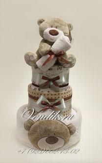 """Торт из памперсов """"Медвежонок""""- оригинальный подарок на рождение."""