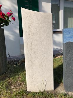 Grabmal  Stele persisch beige Kalkstein 40x15x120cm
