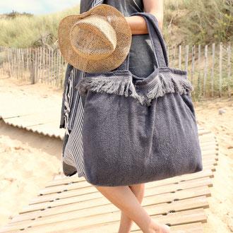 Beachbag mit Franse aus Frottee von BYRH Bags