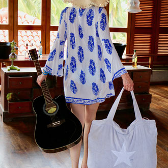 Strandtasche von BYRH - Frotteetasche mit Stern - Gitarre