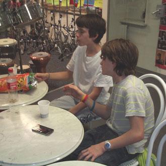 Jan und Gian beim Chipsen!