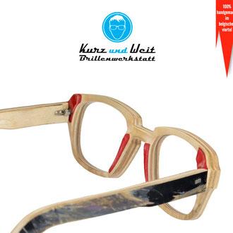 handgefertigte brillenfassung aus skateboard / im kundenauftrag / copyright by kurz & weit brillenwerkstatt