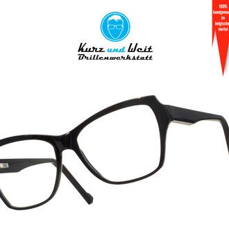 handgemachte brillenfassung / im kundenauftrag / copyright by kurz & weit brillenwekstatt