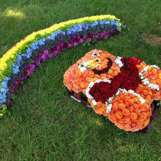 Winnie Pooh Bär mit Regenbogen