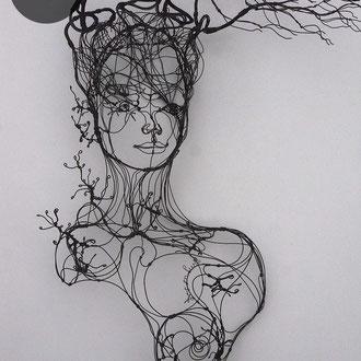 """ARC EN LUNE Fabienne Quenard """"Vita"""" buste femme végétale en fil de fer 3D H.85xL.60xP.45cm"""
