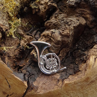 Waldhorn-Pin in poliertem Silber 925, CHF 250.-