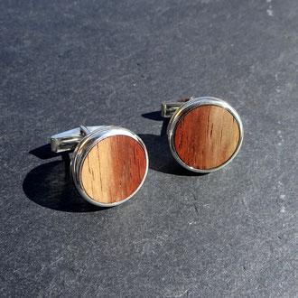 Manschettenknöpfe in Silber 925 und Holz, CHF 670.-