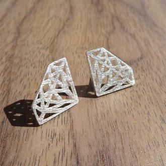 """Ohrstecker """"Diamonds"""" in Silber 925 eismatt, CHF 400.-"""