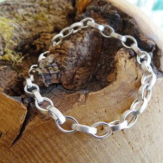 Bracelet in Silber 925, CHF 120.-