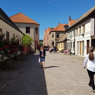 Die Straßen sind wie vor 100 Jahren in Fredriksdal
