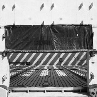 La_photographie_industrielle_et_d'entreprise_Musée_du_Louvre-Lens_suivi_de_chantier_entrée