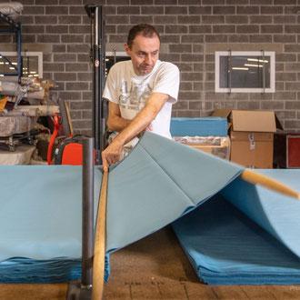 Employé secteur industrie textile Hauts-de-France