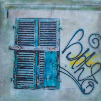 verflixt und zugenagelt, Lorraine – 2018 – Wachsmalerei und Fotocollage auf Holz –10 x 10 cm – verkauft