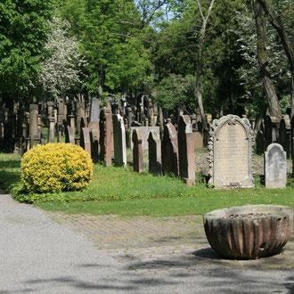 Jüdischer Friedhof, Am Jüdischen Friedhof 1