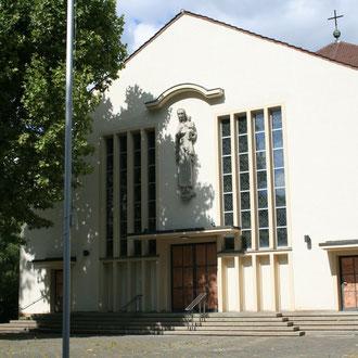 Maria-Hilf-Kirche in der August-Bebel-Straße