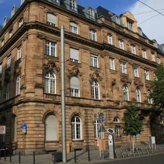 Musikschule in E4, 14 - Infos: www.mannheim.de/musikschule