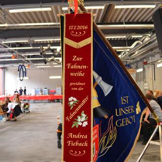 Fahnenweihe FF München Abteilung Stadtmitte / Feuerwache 4 Heßstraße 120 / Fahnen Kössinger