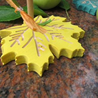CNC gefertigte Herbstblätter aus Holz   / kreativ-fraesen