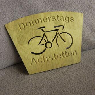 Donnerstags Achstetten Tischschild  / kreativ-fraesen
