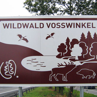 Wildwald Vosswinkel: Hinweisschild Autobahn A 445