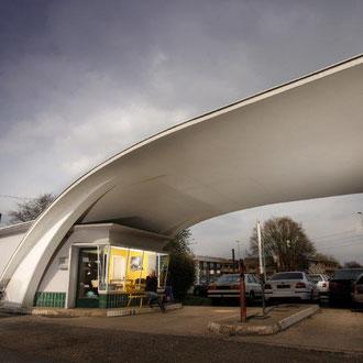 Tankstellenarchitektur, Foto: Andreas Lindlahr