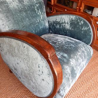 fauteuil art déco recouvert d'un velours années 30/40