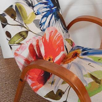 fauteuil années 50 recouvert d'un lin iprimé feurs XXL