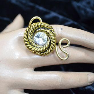 Statement Ring aus Aludraht und einem Musterknopf. Design by Zeitzeugen-Manufactur, Unikat, Handarbeit. 5,00 €