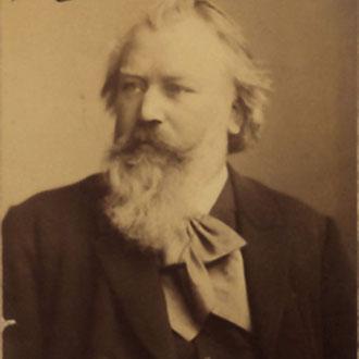 Firma de Brahms.
